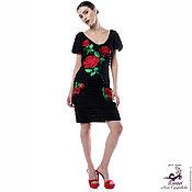 Эффектное платье с вышивкой Рубиновые Розы на подкладке стрейч