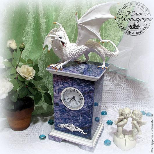 """Часы для дома ручной работы. Ярмарка Мастеров - ручная работа. Купить Часы каминные """"Хранитель чароита"""". Handmade. Сиреневый, фэнтези"""