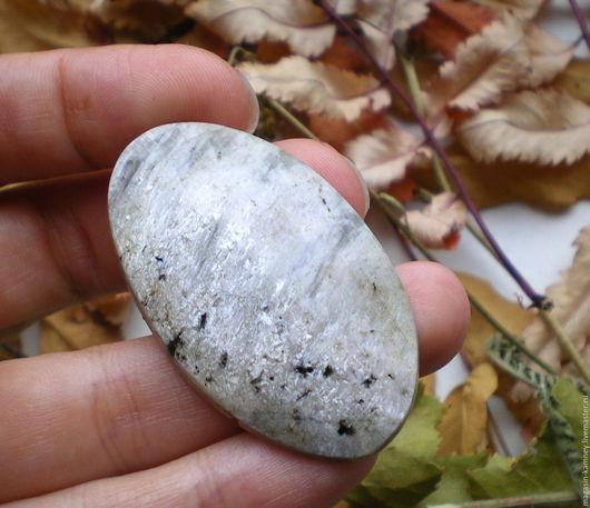 Для украшений ручной работы. Ярмарка Мастеров - ручная работа. Купить Лунный камень, аннит, кабошон. Handmade. Кабошон