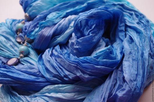 """Шали, палантины ручной работы. Ярмарка Мастеров - ручная работа. Купить Батик палантин шелковый  """"Морской бриз"""". Handmade. Синий"""