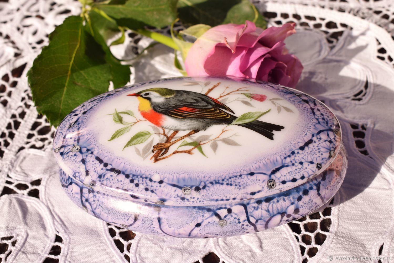 LIMOGES.Porcelain box 'Bird'.France, Vintage interior, Trier,  Фото №1