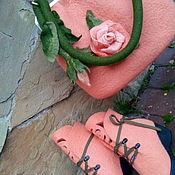 Сумки и аксессуары ручной работы. Ярмарка Мастеров - ручная работа Комплект сапожки сумка Резные розы. Handmade.