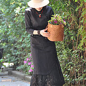 Топы ручной работы. Ярмарка Мастеров - ручная работа Черная льняная  кружевной пряжкой улучшенного длинного cheongsam. Handmade.