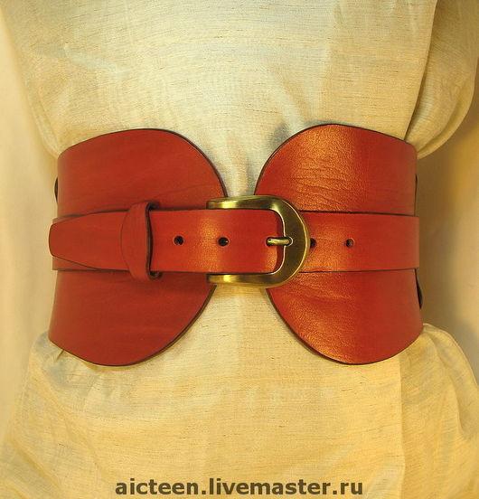 Пояса, ремни ручной работы. Ярмарка Мастеров - ручная работа. Купить Кожаный широкий красный пояс. Handmade. Широкий пояс