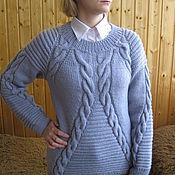 Одежда manualidades. Livemaster - hecho a mano Chaqueta de punto Suéter de la mujer de punto con trenzas de lana gris cálido. Handmade.