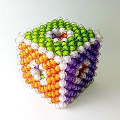 Куклы и игрушки ручной работы. Ярмарка Мастеров - ручная работа Кубик из бусин для тактильного развития 1-7 лет. Handmade.
