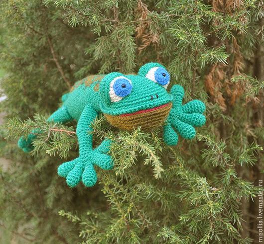 """Игрушки животные, ручной работы. Ярмарка Мастеров - ручная работа. Купить Вязаная игрушка """"Ящерица"""". Handmade. Зеленый, ящерица в подарок"""