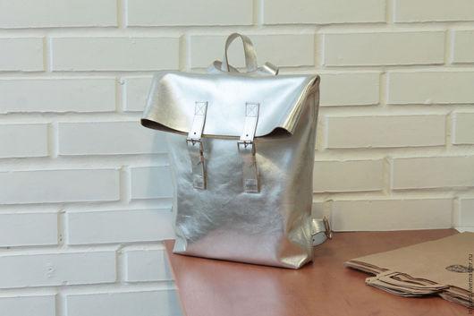 Рюкзаки ручной работы. Ярмарка Мастеров - ручная работа. Купить рюкзак из натуральной кожи серебряный backsilver.1. Handmade. Серебряный
