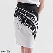 Одежда ручной работы. Ярмарка Мастеров - ручная работа Узкая юбка карандаш с принтом Отражение. Handmade.