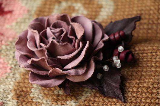 Броши ручной работы. Ярмарка Мастеров - ручная работа. Купить Брошь-цветок из кожи Роза (дымчато-розовая) Осень-Зима. Handmade.