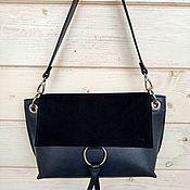 Классическая сумка ручной работы. Ярмарка Мастеров - ручная работа Сумка кожаная черная с клапаном из замши. Handmade.