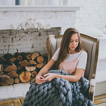 Для дома и интерьера ручной работы. Ярмарка Мастеров - ручная работа Плед крупной вязки из шерсти мериноса. Handmade.