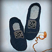 Обувь ручной работы handmade. Livemaster - original item Men`s house Slippers classic with embroidered monogram.. Handmade.