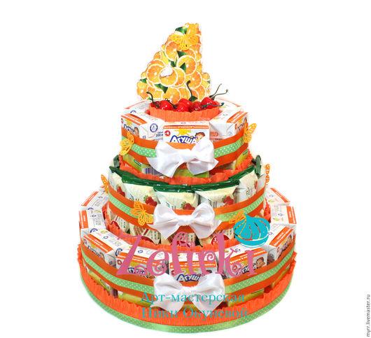 Кулинарные сувениры ручной работы. Ярмарка Мастеров - ручная работа. Купить Торт из соков и бисквито в детский садик для мальчика девочки угощение. Handmade.