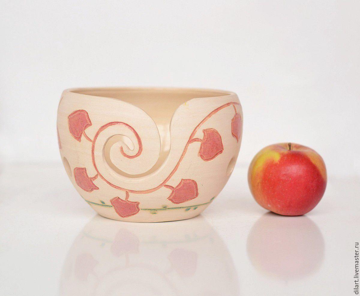 Белая керамическая клубочница для вязания Модерн