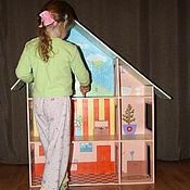 Куклы и игрушки ручной работы. Ярмарка Мастеров - ручная работа Большой деревянный кукольный домик с росписью. Для кукол до 25 см.. Handmade.