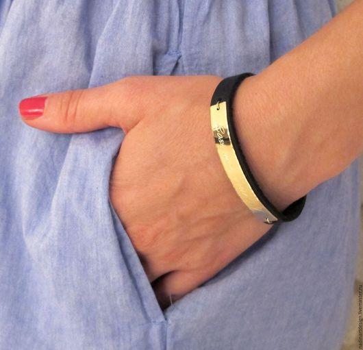 Женский кожаный браслет с гравировкой на память. Красивое украшение