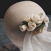 Свадебный салон ручной работы. Ярмарка Мастеров - ручная работа Чайные розы с эвкалиптом на гребне. Handmade.