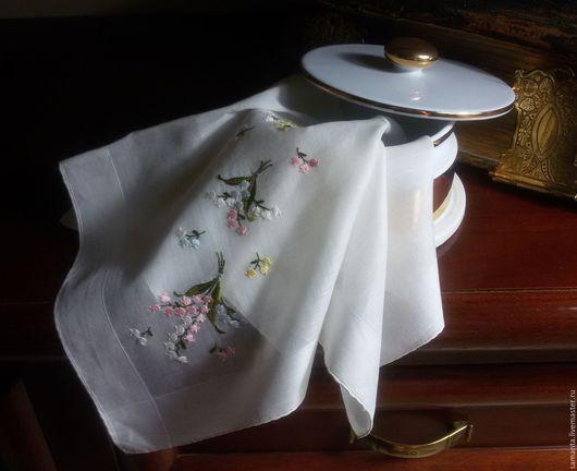 """Носовые платочки ручной работы. Ярмарка Мастеров - ручная работа. Купить Дамский платочек """"  """"Ландыш серебристый """". Handmade."""