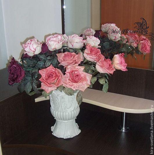 Помещение, в котором есть цветы, сразу же приобретает особый шарм. Вашему вниманию - букет из 15 шелковых роз.\r\nЦвет и количество - по Вашему желанию.\r\nСделаю на заказ.\r\nЦена указана за 1 цветок.