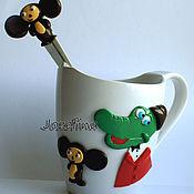 Подарки к праздникам ручной работы. Ярмарка Мастеров - ручная работа Кружка и ложка с любимым персонажем. Handmade.