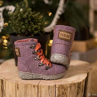 Footwear handmade. Livemaster - original item Felted baby shoes First steps. Handmade.