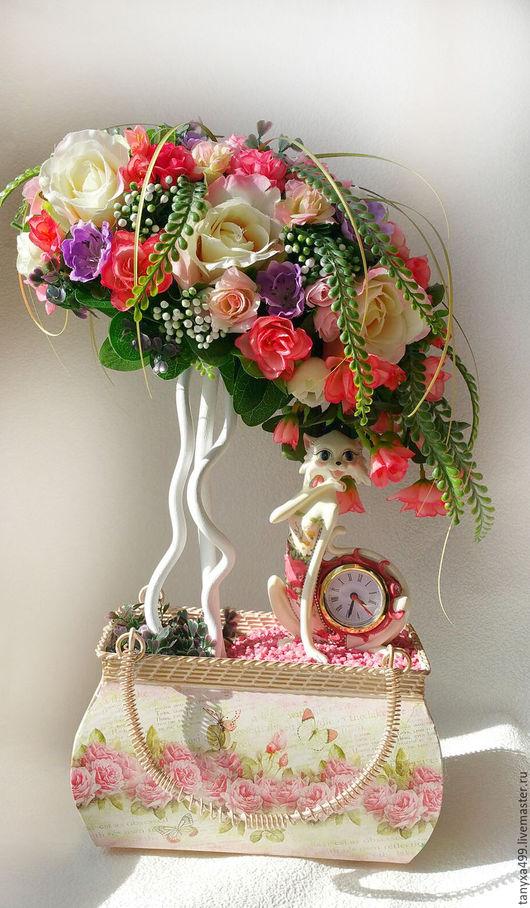 """Топиарии ручной работы. Ярмарка Мастеров - ручная работа. Купить Топиарий """"Кошечка и часики"""". Handmade. Топиарий дерево счастья, подарок"""