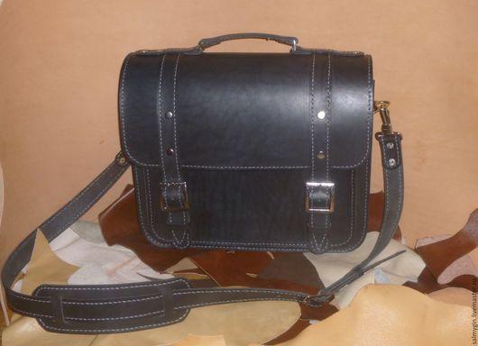 Мужские сумки ручной работы. Ярмарка Мастеров - ручная работа. Купить Портфель мужской черный с хольнитенами. Handmade. Черный