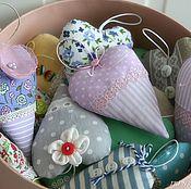 Подарки к праздникам ручной работы. Ярмарка Мастеров - ручная работа Текстильные интерьерные сердечки ручной работы # 2. Handmade.
