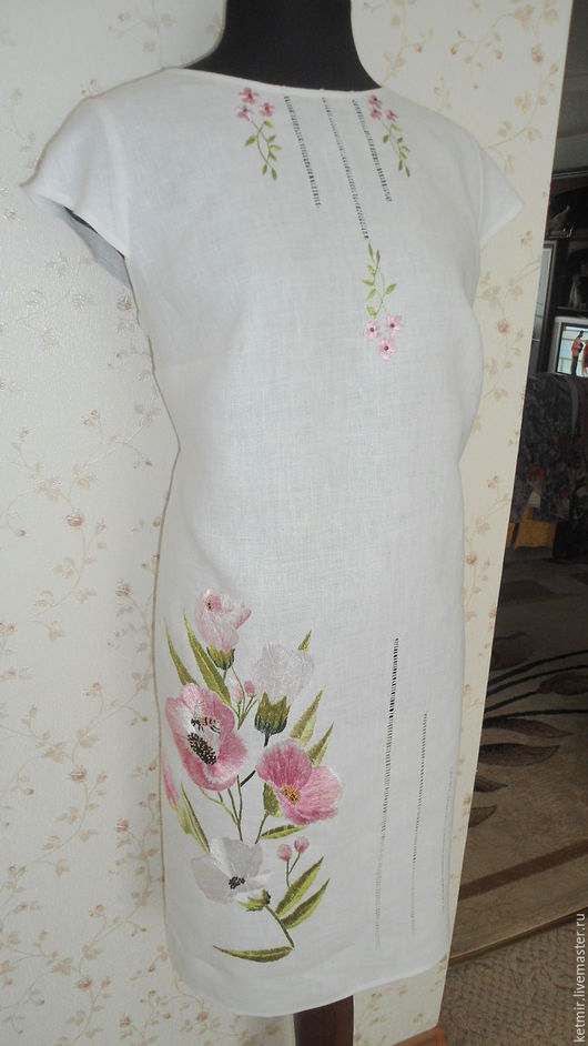 Платья ручной работы. Ярмарка Мастеров - ручная работа. Купить вышитое шелком платье ( лен). Handmade. Белый