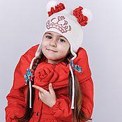 Работы для детей, ручной работы. Ярмарка Мастеров - ручная работа Красное осенне-весенее пальто с цветком. Handmade.