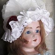 Куклы и игрушки ручной работы. Ярмарка Мастеров - ручная работа Боннет нормандский для антикварной куклы.. Handmade.