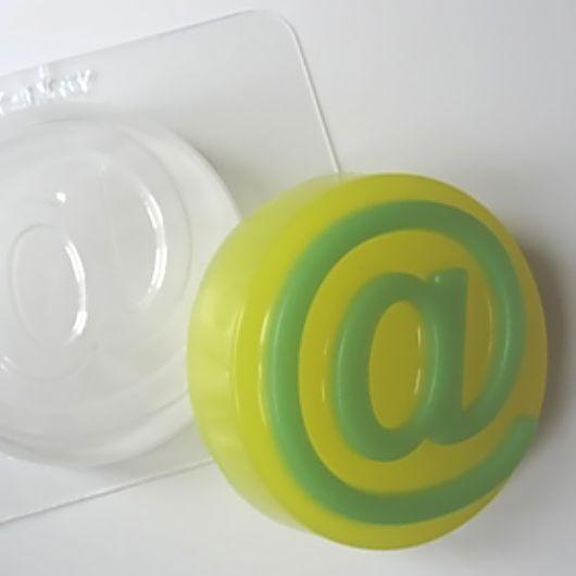 `Собачка` форма для мыла пластиковая