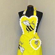 """Для дома и интерьера ручной работы. Ярмарка Мастеров - ручная работа фартук-передник кухонный  женский пчелка """"Одетта"""". Handmade."""