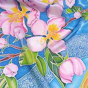 """Аксессуары ручной работы. Ярмарка Мастеров - ручная работа Шелковый шарф """"Яблоневый цвет"""" (батик). Handmade."""