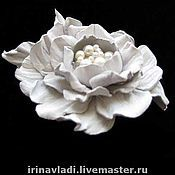 Украшения handmade. Livemaster - original item Jewelry made of leather.Brooch barrette white flower