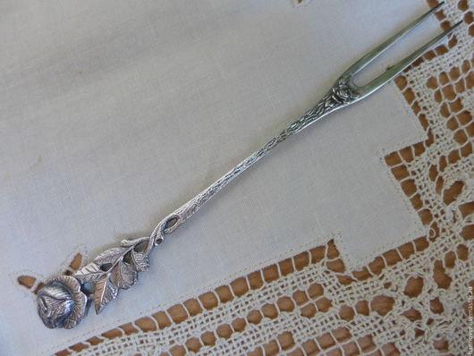 Винтажная посуда. Ярмарка Мастеров - ручная работа. Купить Винтажная сервировочная вилочка для мясной нарезки немецкого дизайна «. Handmade.