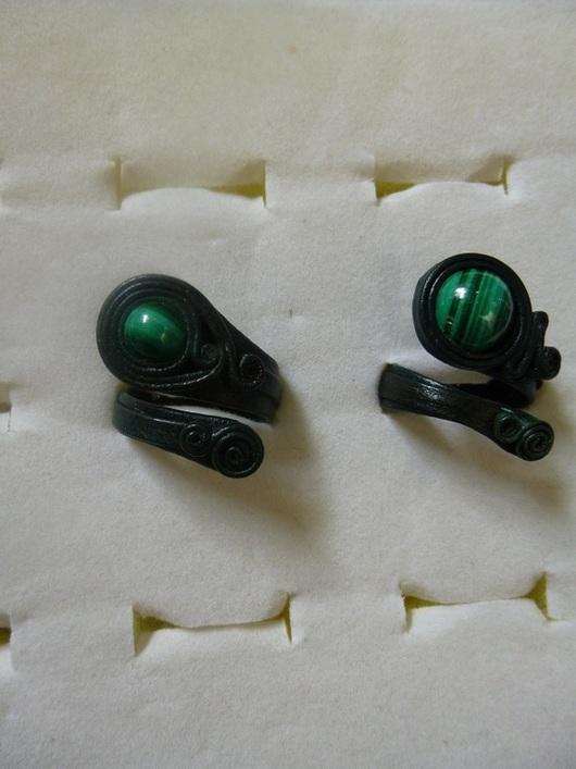 Кольца ручной работы. Ярмарка Мастеров - ручная работа. Купить Кольца с натуральными камнями в коже часть 2 - малахит. Handmade.