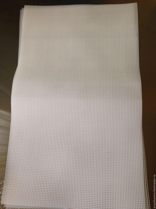 Вышивка ручной работы. Ярмарка Мастеров - ручная работа. Купить Канва пластиковая большой лист 47х35. Handmade. Белый, канва для вышивания
