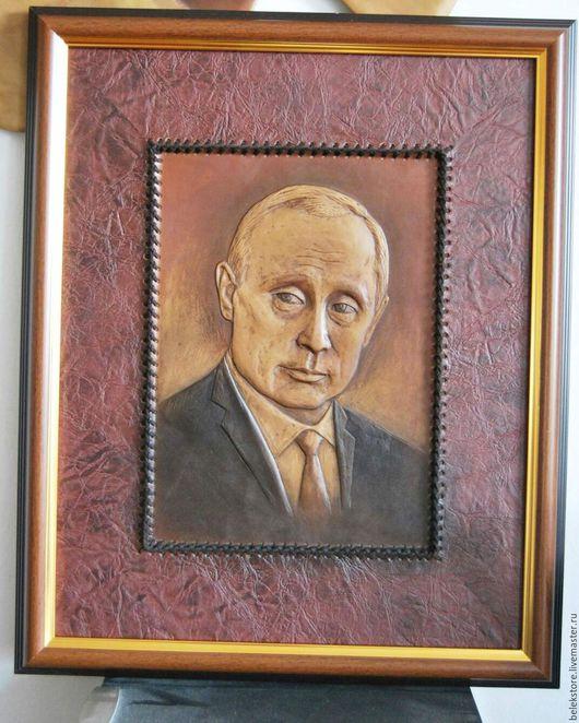 Люди, ручной работы. Ярмарка Мастеров - ручная работа. Купить Портрет Владимира Путина на кожа. Handmade. Коричневый, портрет президента