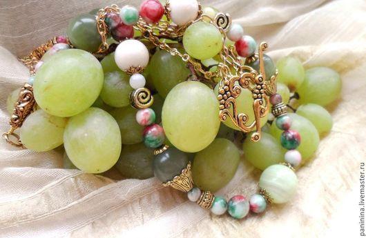Комплекты украшений ручной работы. Ярмарка Мастеров - ручная работа. Купить Белый виноград (колье, серьги). Handmade. Зеленый