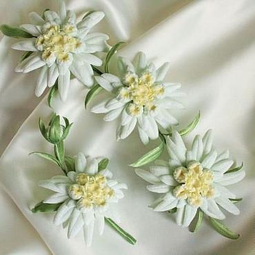 """Свадебный салон ручной работы. Ярмарка Мастеров - ручная работа Свадебный комплект """"Эдельвейс"""". Цветы из шелка, цветы из ткани.. Handmade."""