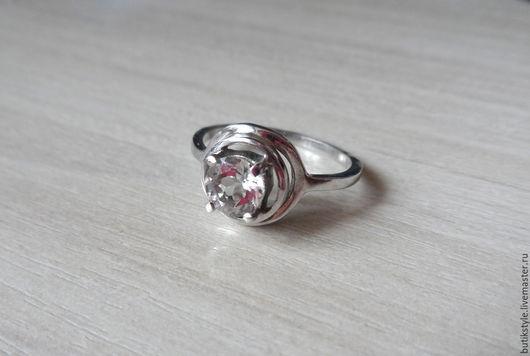 Кольца ручной работы. Ярмарка Мастеров - ручная работа. Купить Серебряное кольцо с натуральным горным хрусталем. Handmade. Серебряный