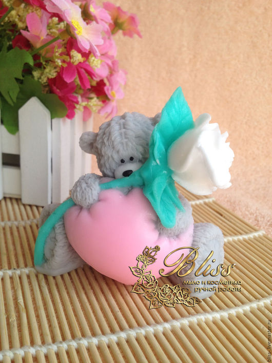 Мыло ручной работы. Ярмарка Мастеров - ручная работа. Купить Мыло Тедди с сердцем и розой. Handmade. Мыло ручной работы