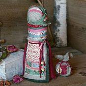 Куклы и игрушки ручной работы. Ярмарка Мастеров - ручная работа Кукла оберег на счастливое замужество Роза и мята. Handmade.