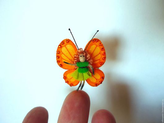 текстильная брошь `Бабочка Йоль`