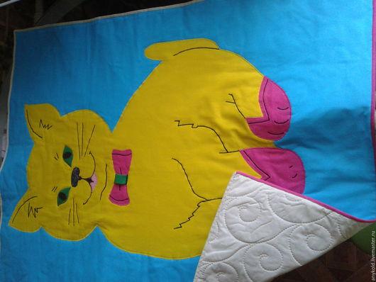 Детское одеяло (панно, коврик) `КОТИК`