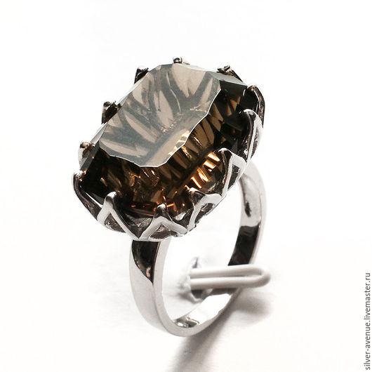 Кольцо ручной работы с раухтопазом (20,1 ct.), серебро 925