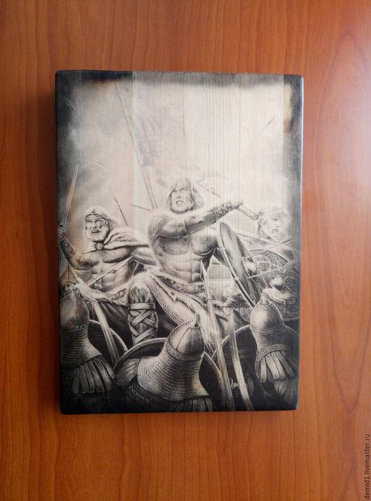 Фэнтези ручной работы. Ярмарка Мастеров - ручная работа. Купить Картина на дереве Битва воинов. Handmade. Чёрно-белый, Декор