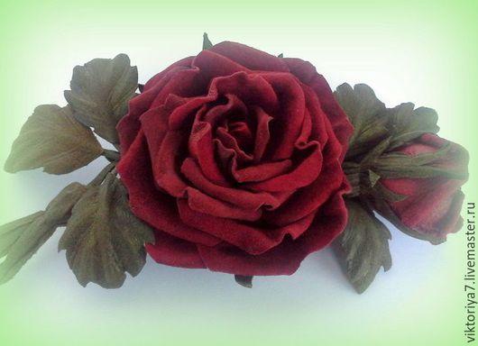 Броши ручной работы. Ярмарка Мастеров - ручная работа. Купить Брошь(2шт) из натуральной замши Ангажемент. Handmade. Бордовый, брошь-цветок